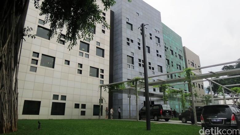 Kedubes Australia di Jakarta, Terbesar Sedunia