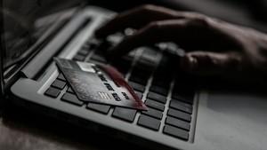 Cerita Bunda Tertipu Jutaan Rupiah Saat Belanja di Online Shop