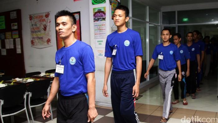 Perhatian dan dukungan dibutuhkan selepas masa rehabilitasi. Foto: Agung Pambudhy