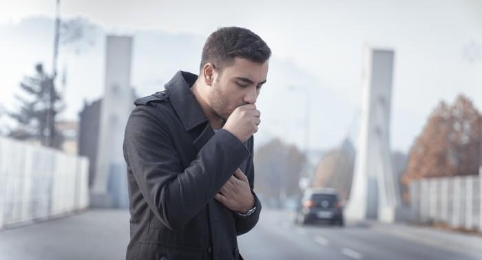 Penyakit TBC mudah menular sehingga perlu pengobatan khusus. Foto: thinkstock