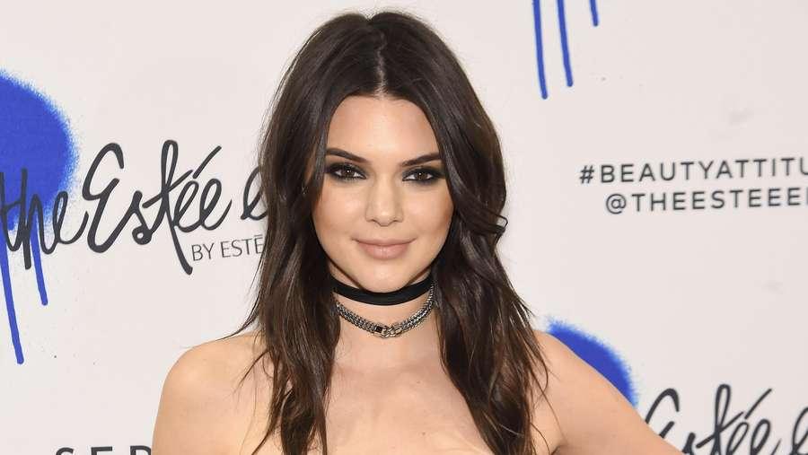 Kendall Jenner Cantik Juga Seksi