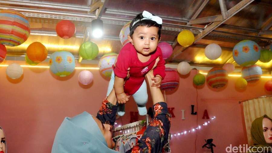 Putri Sonya Fatmala dan Hengky Kurniawan Ngegemesin Banget!