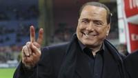 Skandal Seks dan Silvio Berlusconi, Mantan Presiden AC Milan
