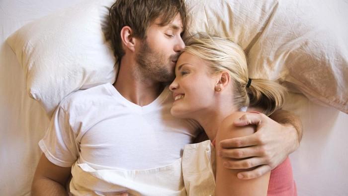 Dengan cara seksi ini, seorang peneliti dari Australia menemukan tips jitu untuk membuat seseorang bisa terlelap dalam tidur. Foto: thinkstock