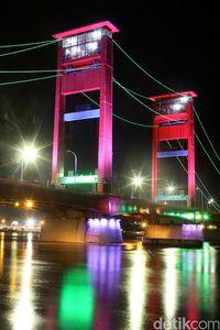 Jembatan Ampera Spot Bulan Madu Abg Selamet Amp Nenek Rohaya
