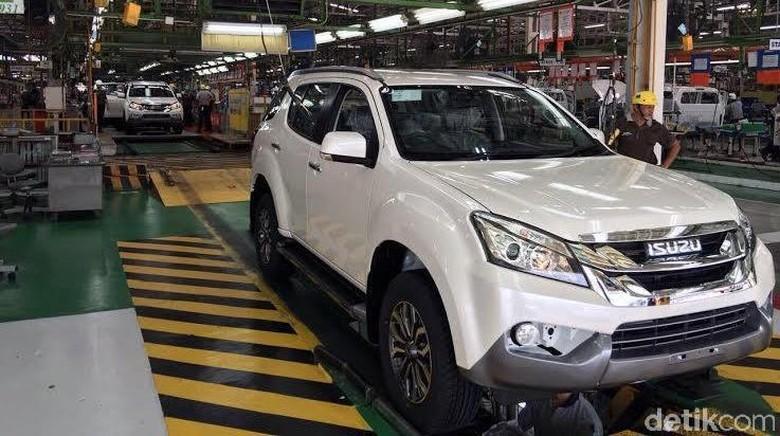 Isuzu memiliki 2 pabrik besar di Thailand. Pabrik ini memproduksi mobil D-Max dan MU-X.
