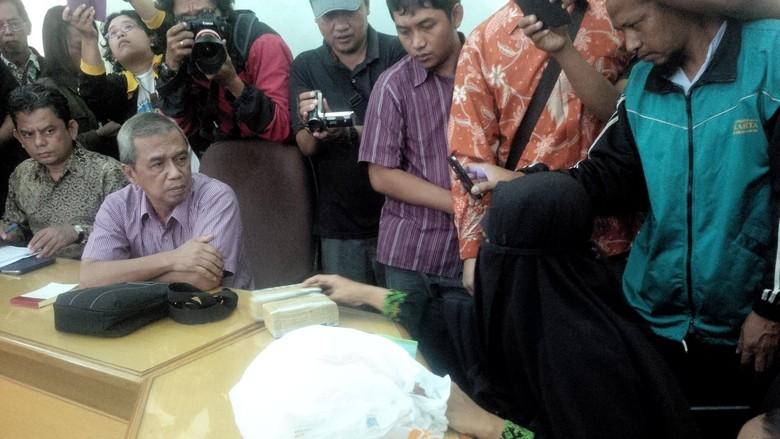 Kapolri Tanggapi Duit 2 Gepok yang Dititipkan Istri Siyono ke PP Muhammadiyah