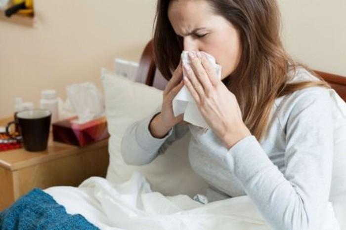 Foto: Tiap tahun, ada kemungkinan bahwa jenis flu baru bisa berubah menjadi pandemic sebelum vaksin berikutnya mampu diproduksi. (Foto: KatarzynaBialasiewicz / iStockphoto)