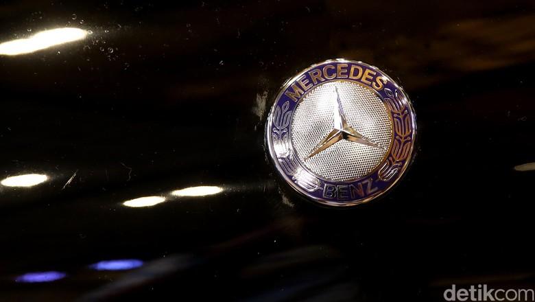 Logo Mercy (Foto: Ari Saputra)