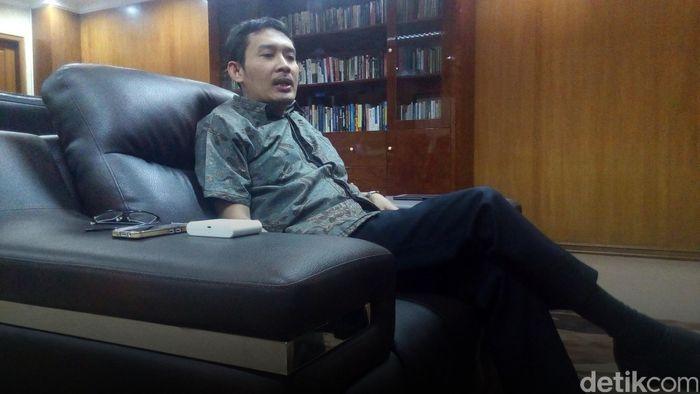 Staf Khusus Presiden Bidang Ekonomi Ahmad Erani Yustika/Foto: Jabbar Ramdhani/detikcom