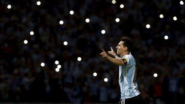 Lionel Messi ingin meraih kejayaan pada tahun ini bersama Barcelona dan timnas Argentina.