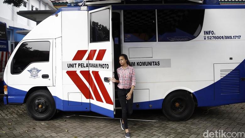 Ilustrasi SIM Keliling/ Foto: Rachman Haryanto