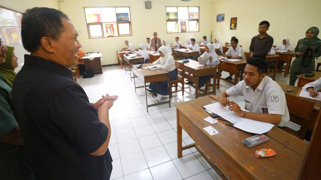 Cerita Leganya Siswa SMA Saat Tahu Ujian Nasional Dihapus