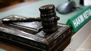 Pengacara Pukul Hakim