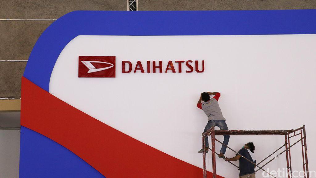 Ramaikan GIIAS Makassar, Daihatsu Perkenalkan Mobil Andalan