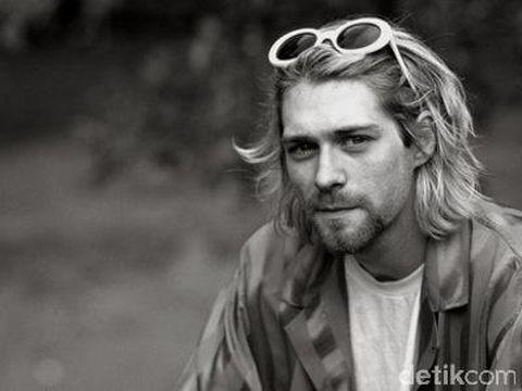 Pesan Haru Sebelum Bunuh Diri Hitler Kurt Cobain Hingga