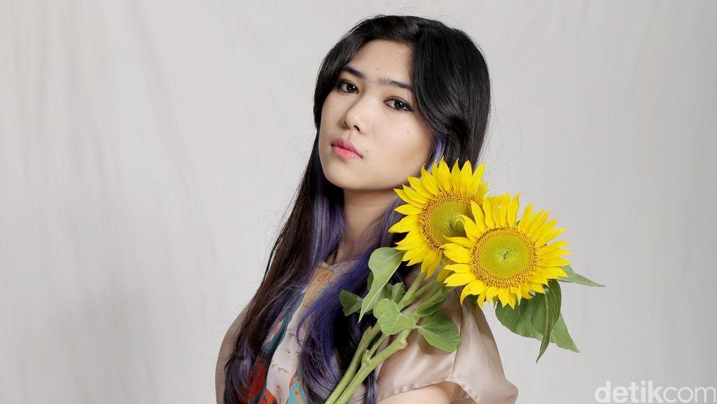 Isyana Sarasvati Ramaikan Bolder In 2 Years Celeb of The Month