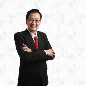 Motivator Bisnis Tung Desem Waringin Positif Corona
