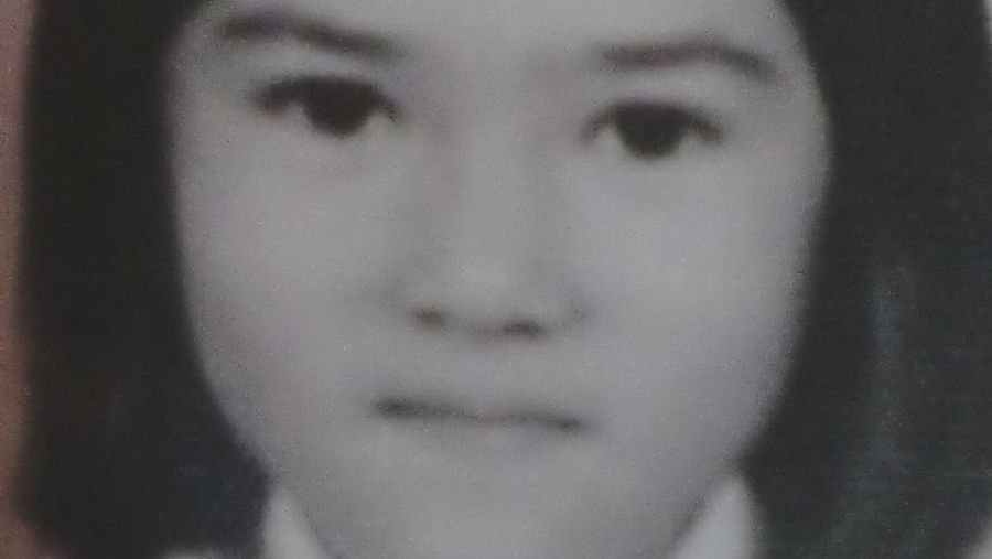 foto masa kecil Isyana Sarasvati