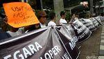 Puluhan Warga Rumah Susun Berdemo di KPK