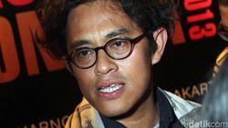 Riri Riza Sebut Film Bebas Sing-Along Jadi Kado Terindah