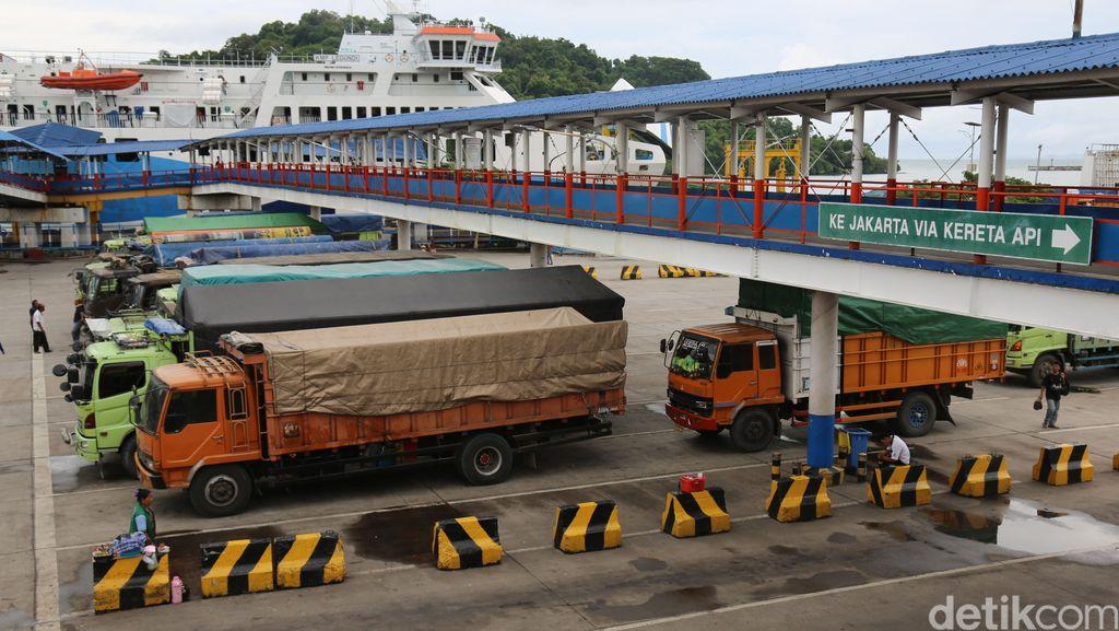 Pelabuhan Merak Tak Layani Penumpang hingga 31 Mei