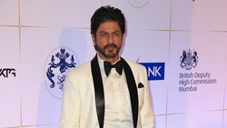 Jaminan Bebas Aryan Khan Ditolak, Artis Bollywood Datangi Rumah Shah Rukh Khan