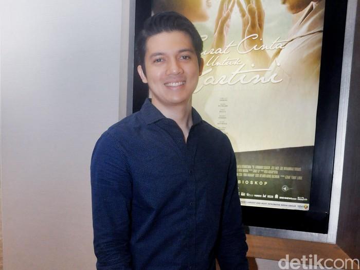 Irwansyah turut menghadiri gala premiere film Surat Cinta untuk Kartini di XXI Epicentrum, Rasuna Said, Jakarta Selatan, Senin (11/4/2016).