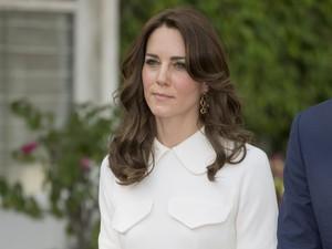 Gara-gara Lepas Sepatu di India, Terungkap Kaki Kate Middleton Bermasalah