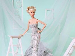 Berkenalan dengan Stylist Barbie Asal Makassar yang Dipuji Tyra Banks