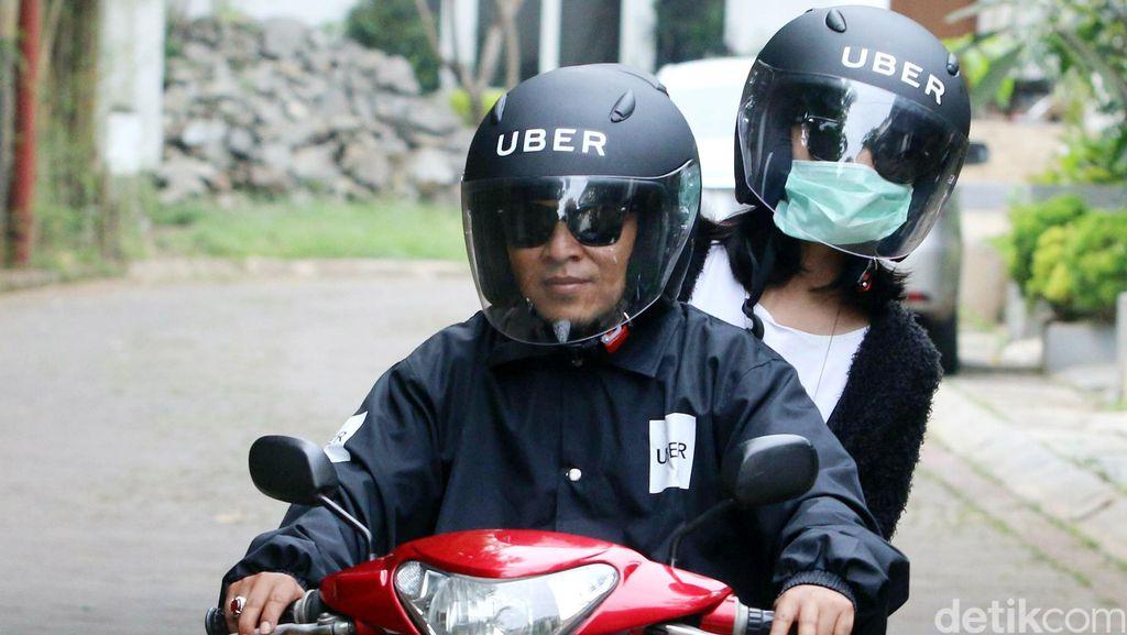 Perpisahan Pelanggan-Driver Uber Ini Bikin Baper