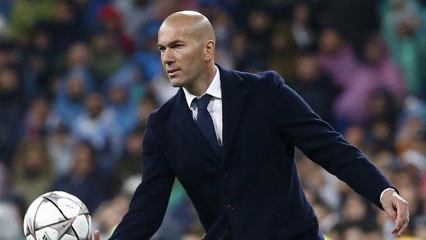 Zidane pernah memparodikan tandukannya ke Materazzi dalam film Family Guy.