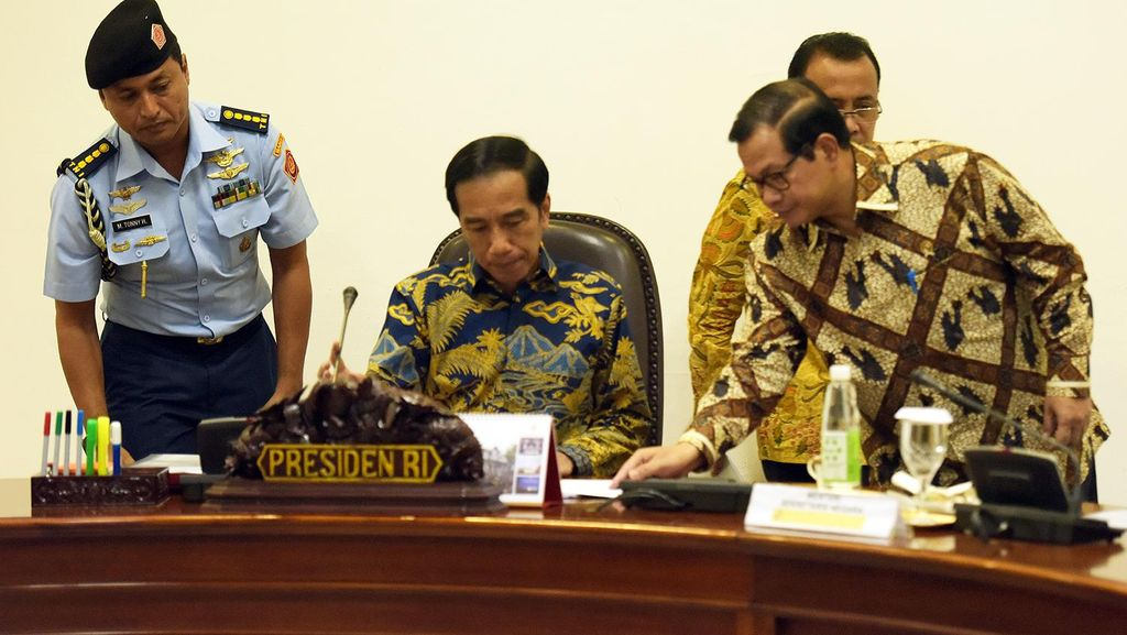 Ratusan Triliun Bakal Masuk Karena Tax Amnesty, Jokowi: Siapkan Instrumen Investasi!