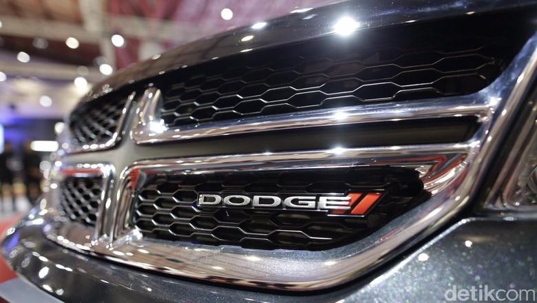 Inikah Sosok Pemilik Mobil Mewah yang Tabrak Lari Produser RTV? Foto: Garansindo