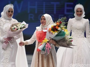 Jadi Desainer Hijab Sukses, Tips dari Ayu Dyah Andari: Jangan Ikuti Tren!