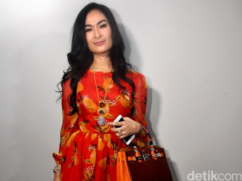 Klarifikasi Iis Dahlia Soal Usir Peserta Kontes Dangdut, Kemeriahan WTF 2018