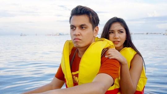 Kevin Julio dan Jessica Mila Asyik Naik Jet Ski di Bali