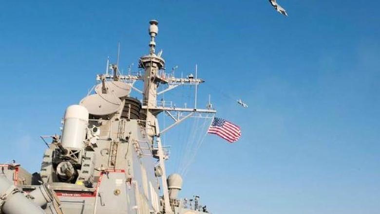 2 Kapal Perang AS Berlayar di Selat Taiwan, China Protes Keras