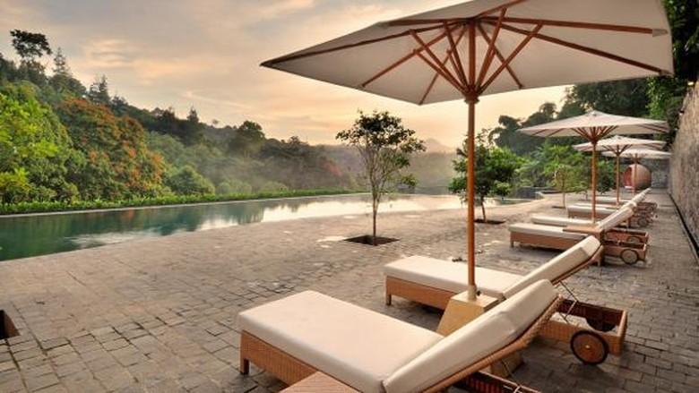 Foto: Kolam renang yang cantik di Padma Hotel, Bandung (Padma Hotel)