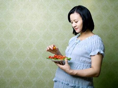 Makanan penting untuk ibu hamil/