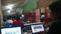PNS Aceh Kepergok di Warkop Tunjangan Dipotong, Tenaga Kontrak Bakal Di-PHK