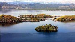 Danau Sentani Papua yang Damai dan Unik dengan 22 Pulau