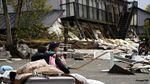 Duka Negeri Matahari Terbit Usai Dilanda Gempa