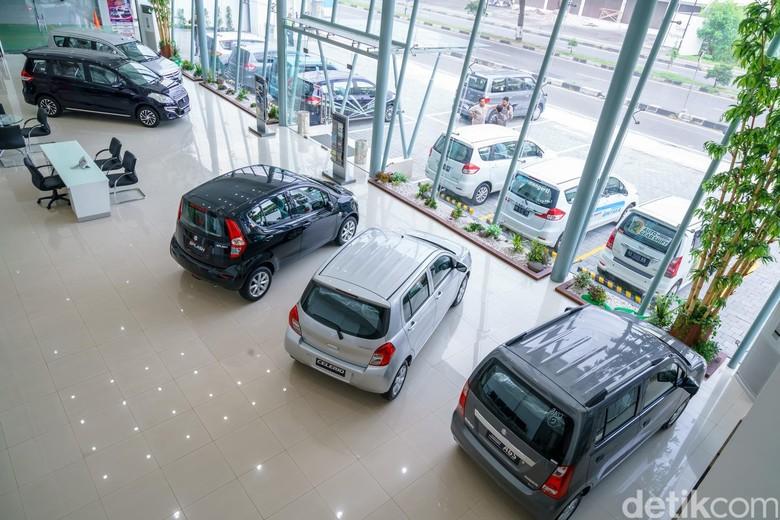 Guna memperluas jaringan dan meningkatkan bisnis Suzuki di tahun2016, PT. Suzuki Indomobil Sales (SIS) meresmikan outlet terbaru Suzuki dengan fasilitas 3S (Sales, Service, Spareparts) terkini yang ke-298 secara nasional, Sumber Baru Mobil (SBM) Ringroad Selatan, Yogyakarta, Jawa Tengah di awal kuartal II tahun ini.