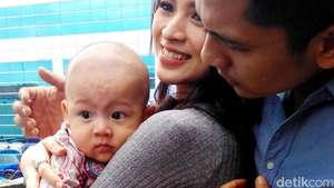 Foto-foto Pernikahan Donita dan Adi Nugroho
