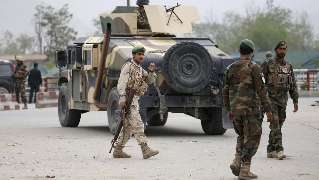 Taliban Kuasai Pangkalan Militer Afghanistan, Bunuh 14 Tentara