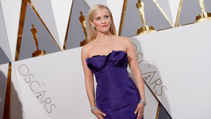 HOLLYWOOD, CA - FEBRUARY 28:  Actress Reese Witherspoon attends the 88th Annual Academy Awards at Hollywood & Highland Center on February 28, 2016 in Hollywood, California.  (Photo by Kevork Djansezian/Getty Images)