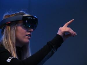 Apple dan LG Kucurkan Ratusan Miliar Demi Teknologi AR dan VR