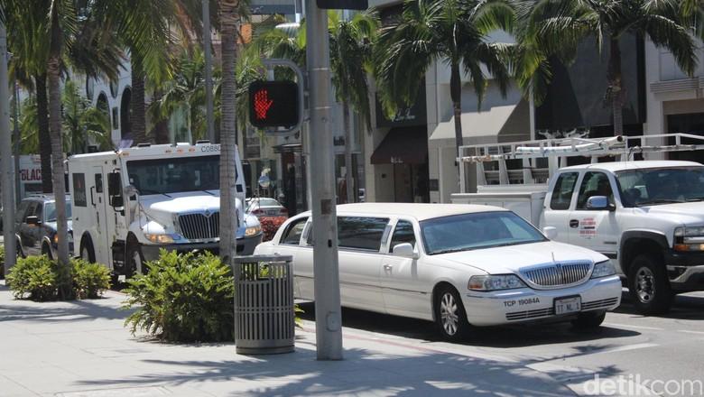 Jejeran mobil mewah di Beverly Hills (Dadan Kuswaraharja/detikTravel)