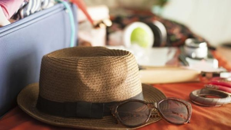 Ilustrasi persiapan liburan